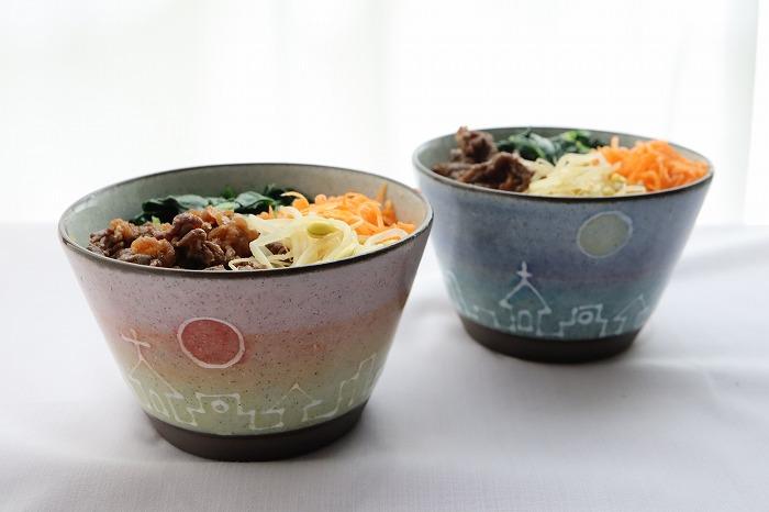 牛肉と野菜のビビンバ丼の完成品のアップ